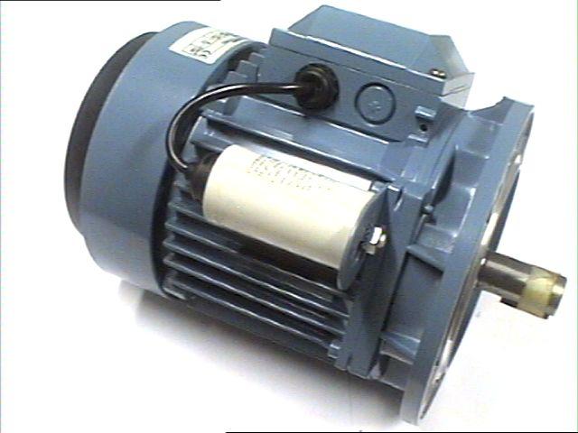 0,15KW/1500 B3 Yksivaihemoottori ABB