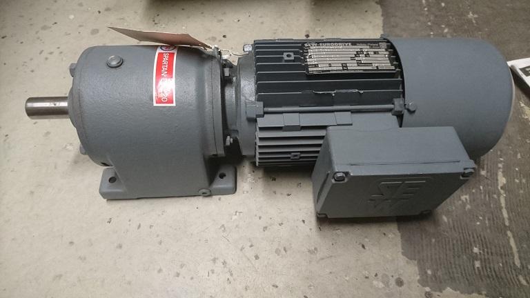 SEWjarruvaihdemoottori R40DT8044BMG 0,75kW 1380/69
