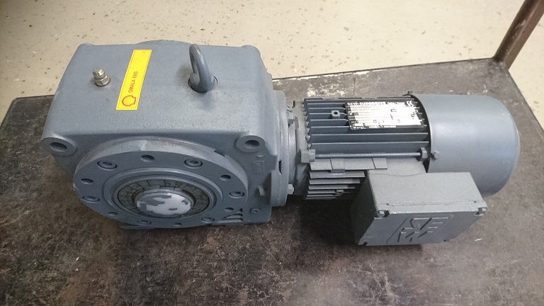 SEWjarruvaihdemoottori SA62DT80N4BMG 0,75kW 1380/8,